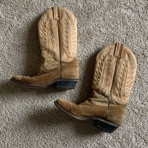 Boulet tan leather heeled cowboy boots size 6
